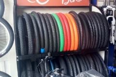gomas-llantas-neumaticos-colores-bicicletas-extreme-bike-manizales-repuestos-taller-reparacion-mantenimiento-colombia-ciclismo